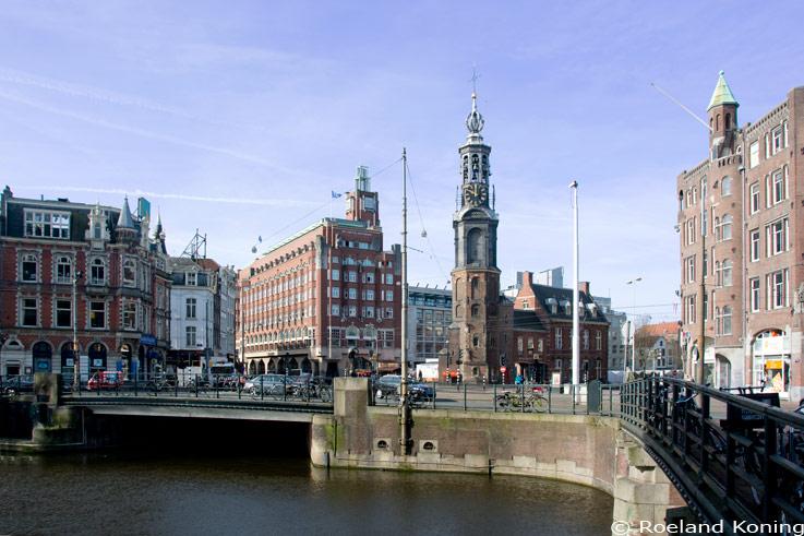 Voetgangers en fietsers krijgen de ruimte op Muntplein - Amsterdam ...